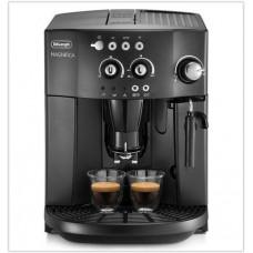 DE´LONGHI DeLONGHI Magnifica ESAM 4000.B černý (plnoautomatický kávovar)