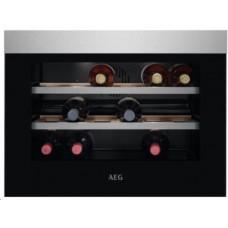 AEG Mastery KWK884520M vestavná vinotéka