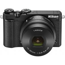 NIKON 1 J5 + 10-30mm, Černý