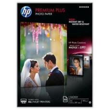 HP Premium Plus Glossy Photo Paper-50 sht/A4/210 x 297 mm, 300 g/m2, CR674A