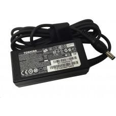 Toshiba OP Univerzální AC Adapter - 45W/19V, 2 pin - Satellite, Satellite Pro, Protégé, Tecra